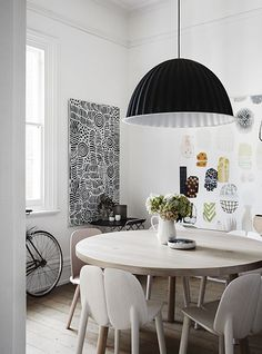 Melbourne interior designer Carole Whiting has transformed an old Edwardian home in Melbourne, employing her love of Scandinavian design and her amazing eye for detail. Australian Interior Design, Interior Design Awards, Interior Decorating, Interior Paint, Modern Interior, Edwardian House, Victorian Terrace, Dining Room Walls, Dining Room Design