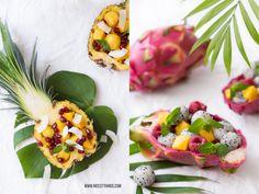 Obstsalat in der Pitahaya -pina, mango, pitahaya, frambuesa