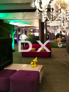 Lounge Alice Wonderland- Malibu- Petits bancs Scandinave-Boxwood- Accessoire champignon jaune by DX Design