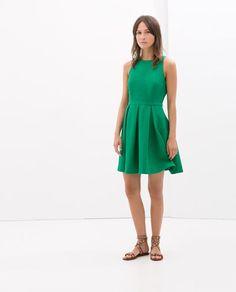 lindo vestido de paseo