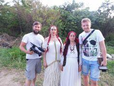 Vrăjitoarea Elena Minodora a condus ritual de sacrificiu la baltă filamt pentru tv Moscova - Vrăjitoare România Bridesmaid Dresses, Wedding Dresses, Coat, Portal, Fashion, Russia, Shelf, Flattering Bridesmaid Dresses, Bride Gowns