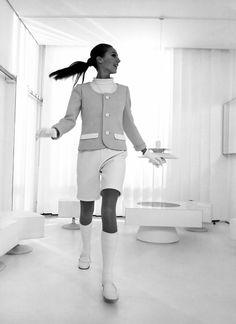 André Courrèges morre aos 92 anos; veja a retrospectiva do seu trabalho - Vogue | News