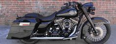 Harley Davidson 2008 Road King bobber. Gorgeous bike.