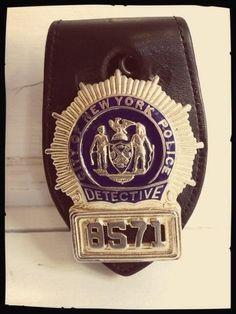 Eddie Cahill's (Don Flack) badge from csi ny