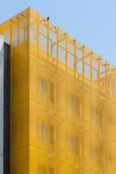 Custom Yellow Painted Perforated Aluminum Panels on the Pearl District Marriott Residence Inn in Portland, Oregon Concept Architecture, Futuristic Architecture, Facade Architecture, Facade Design, Exterior Design, Warehouse Renovation, Shopping Mall Interior, Retail Facade, Wall Exterior