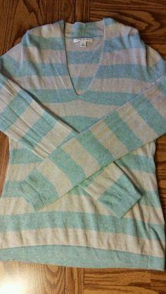Banana Republic wool,angora, & cashmere blend sweater  light teal & gray Medium  #BananaRepublic #VNeck