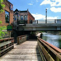 River trail, Lansing, Michigan.