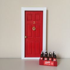 Las auténticas puertas para el ratoncito perez españolas,puertas ratón perez,puerta ratoncito perez,regalo original niños.Toothfairy door,baby deco,kids deco trend. Cocacola.Red and White