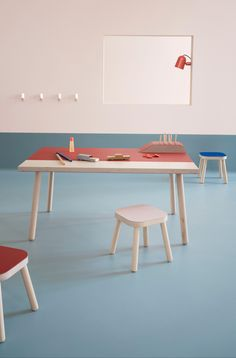 Danish Forbo launches a new range of colours in linoleum for customizing your favorite furniture