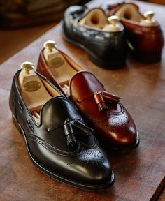 Crockett & Jones, makers of the finest English men's and women's handmade shoes & footwear, was founded in 1879 in Northampton, specialising in the manufacture of high quality, Goodyear-welted handmade leather shoes. Me Too Shoes, Men's Shoes, Shoe Boots, Dress Shoes, Shoes Men, Bright Shoes, Crockett And Jones, Handmade Leather Shoes, Tassel Loafers