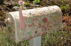 Mosiac mailbox