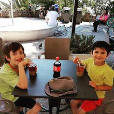 ...Mote con huesillos para los niños #Coca-Cola para mi #cosasdepapa