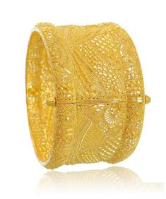 Traditional Bengali gold Chur or Kada design within 55gm to 65gm. These type of gold Chur design gives very feminine traditional look with contemporary style.
