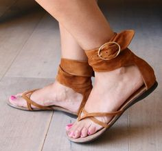 KV > I want me some Jesus sandals (In my day, we called them Jesus boots)