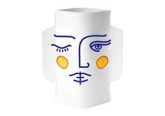 Vase en papier imperméable Janus de la marque Octavo. S'utilise en combinaison avec une bouteille en plastique ou un récipient en verre.