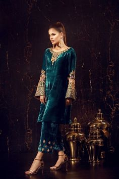 Sana Abbas has the answer to all your fashion concerns:from Pret, Luxury Pret to Formals and Bridals, we are a packed powerhouse in women's wear. Velvet Pakistani Dress, Pakistani Party Wear Dresses, Shadi Dresses, Pakistani Wedding Outfits, Pakistani Dress Design, Indian Dresses, Indian Outfits, Stylish Dress Designs, Stylish Dresses