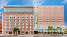 Holiday Inn Darling Harbour is one of the best hotels in Sydney when it comes to corporate travellers that offers a comfortable accommodation in Sydney with all the   amenities you would think of such as Internet, Laundry, and breakfast. Visit at: https://www.hidarlingharbour.com/business-success/