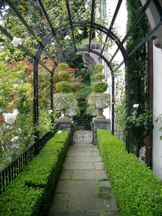 English-style hillside garden, Portland, OR. Koch Landscape Architecture.