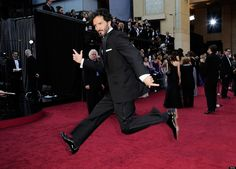 Love this pic on the #RedCarpet #Oscars 2012