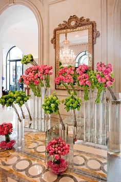 Fresh flowers at the Netherlands, Four Seasons George V, Paris