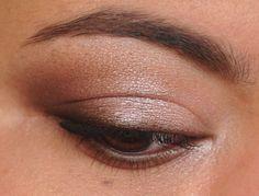 Breaking Down Beauty: A Soft, Smoky Eye Tutorial « Painted LadiesPainted Ladies  Soft smoky eye