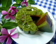 Bánh Trung thu rau câu vị lá dứa nhân cà phê - http://congthucmonngon.com/87274/banh-trung-thu-rau-cau-vi-la-dua-nhan-ca-phe.html