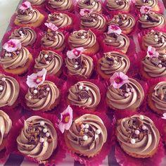 #daimcupcake #daim #baking #flowers #chocolate 🌸🌸🌸