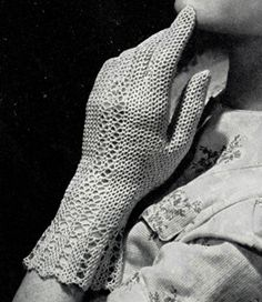 Vintage 1940s Crocheted Fair Lady Gloves - FREE Crochet Pattern / Tutorial