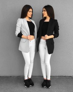 """Left or Right . Comment """"Black"""" in your language Anzeige Stylish Work Outfits, Stylish Girls Photos, Cool Outfits, Casual Outfits, Girls Fashion Clothes, Teen Fashion Outfits, Girl Fashion, Womens Fashion, Twin Girls Outfits"""
