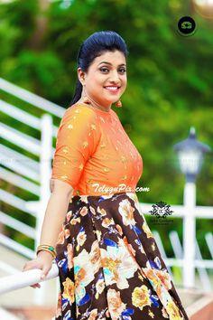Kurta Designs Women, Blouse Designs, Most Beautiful Indian Actress, Beautiful Actresses, Roja Hot, Beautiful Heroine, Long Gown Dress, Indian Jewellery Design, Malayalam Actress
