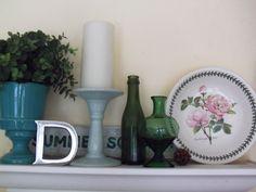 shelf decor dining room