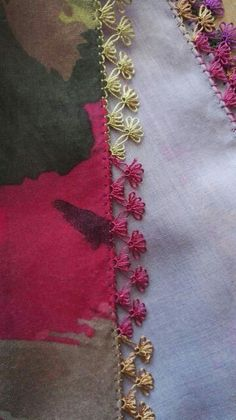 This Pin was discovered by Daw Crochet Unique, Baby Knitting Patterns, Embroidery Stitches, Tatting, Needlework, Diy And Crafts, Crochet Necklace, Beautiful, Model