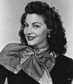 Picture of Ava Gardner Old Hollywood Glamour, Golden Age Of Hollywood, Vintage Hollywood, Hollywood Stars, Classic Hollywood, Ava Gardner, Hollywood Actresses, Actors & Actresses, Divas