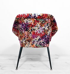 fotel muszelka ewa Upholstered Chairs, Armchair, Dining Chairs, Pillows, Fabric, Furniture, Vintage, Design, Home Decor