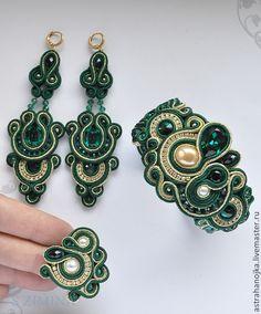 Браслет серьги кольцо Зеленый цветок забронирован. Handmade.