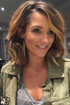 www.lovely-hairstyles.com wp-content uploads 2016 10 15.Mid-Length-Hair-Cut.jpg