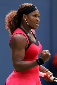 Serena Williams//amazing//talented//protennismujer//i want her strong body//fierce on the court and off <3