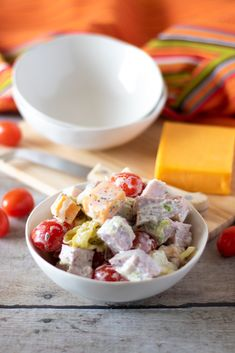 Keto Chopped Hoagie Bowl — Perfect for Super Bowl — Diet Doctor Keto Foods, Keto Snacks, Keto Chicken, Chicken Recipes, Chicken Curry, Low Carb Keto, Low Carb Recipes, Diet Doctor Recipes, Keto Dinner