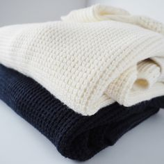 Banana Republic sweater bundle 2 banana republic turtle neck knitted sweaters. Excellent condition. One cream and one navy blue. Banana Republic Sweaters Cowl & Turtlenecks