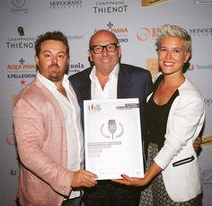 Orgogliosi di far parte dei BIWA - Best Italian Wine Awards con il Franciacorta Vintage Collection Dosage Zèro Noir 2006 grazie Luca Gardini e a tutto lo staff. #enjoycadelbosco #50migliorivini #bestitalianwineawards