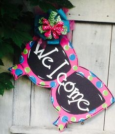 Sunglass door hanger, sunglass sign, beach sign, welcome door hanger, welcome sign – Marjorie B. Davis Home Welcome Door, Burlap Door Hangers, Decoupage, Summer Signs, Spring Door, Beach Signs, Wood Cutouts, Wooden Crafts, Paper Crafts
