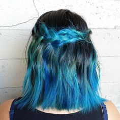 Black+To+Teal+Ombre+For+Medium+Hair