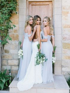 Long and light blue bridesmaid dresses. Off the shoulder bridesmaids gowns.Fabulous Summer Wedding Ideas to Keep Your Guests Cool | #summer #summerwedding #weddinginspiration #weddingideas #bridesmaiddresses #summerstyle #weddingplanning #WEddings #weddingideas