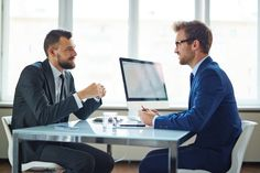 Mathematiker, IT-Experten, Naturwissenschaftler, Techniker - MINT-Studierte haben auf dem Jobmarkt beste Perspektiven. Hier gibt's die meisten Jobs für sie ...