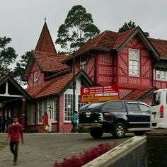 A standard visit to the Grand Hotel in Nuwara Eliya en route to Bandarawela not forgetting to take a look at the most beautiful post office in the country. Old World Charm, Grand Hotel, Post Office, Sri Lanka, Attraction, Most Beautiful, Cabin, Country, House Styles