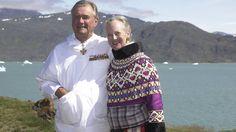 Dronning Margrethe og prins Henrik kan 10. juni fejre guldbryllup. Det fejrer vi med et stort galleri med masser af kærlige billeder af guldbrudeparret.