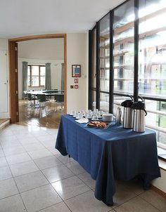 Univ's Butler Room: Flexible and adaptable to many conference layouts and requirements. This first floor fully accessible room with overflowing light is a perfect room to hold meetings and receptions. Find out more at univ. Conference Facilities, Ox, Receptions, Butler, Layouts, University, College, Flooring, Table Decorations