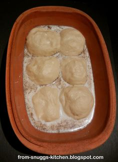 dampfnudeln aus dem römertopf - Expolore the best and the special ideas about Budget freezer meals Healthy Juice Recipes, Juicer Recipes, Budget Freezer Meals, Cooking On A Budget, No Calorie Foods, Low Calorie Recipes, Lucky Food, Italian Cookie Recipes, German Recipes