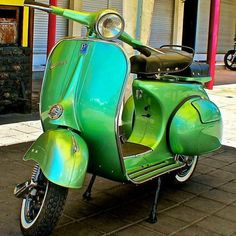 "794 curtidas, 2 comentários - Vespa maniacs (@vespa_maniacs) no Instagram: "" ❤️❤️for my love ones Vespa_Maniacs A Way Of Life @ new period of Instagram Follow me on…"""