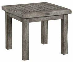 Artwoodin Vintage-sivupöytä on kauniisti ajan patinoiman näköinen ja kestää hyvin kosteutta.